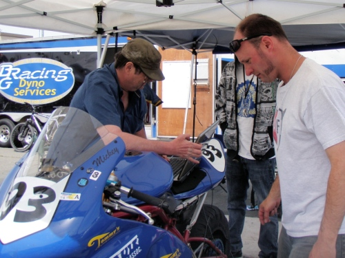 Mickey Fimbres and KC of BRG Racing getting the #93 in race shape